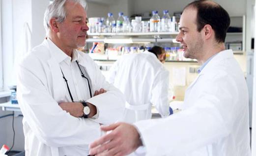 揭秘微生物组与癌症进展存在何种联系
