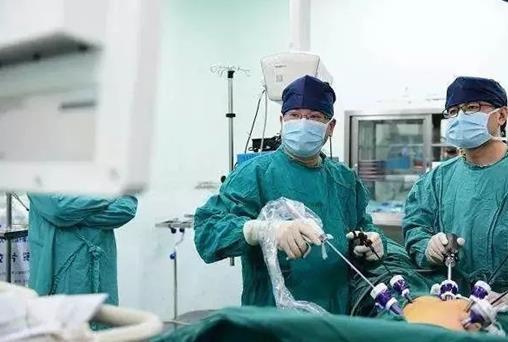 患了直肠癌肛门就要被切除?别急,李心翔医生告诉你如何正确保肛