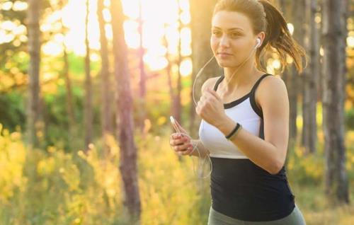 研究人员发现运动与减缓癌症生长的关系